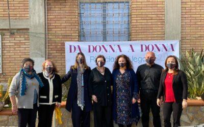 Stop alla violenza sulle donne: successo per il Flash Mob al Carcere di Fuorni